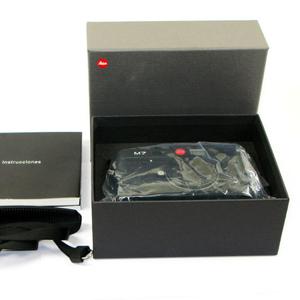 Leica D-LUX 4 10.1 MP Digital Camera (Black)
