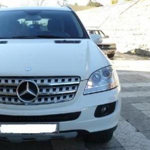 Продаётся автомобиль Мерседес ML320