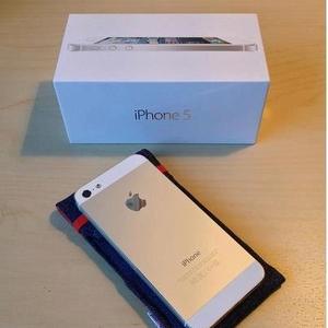 Brand New Apple,  iPhone 5 (Skype :: jiwax12)